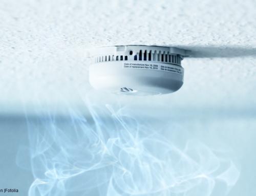 Détecteurs de fumée : Les règles applicables aux logements s'appliquent-elles aussi aux entreprises ?